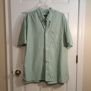 Izod Short Sleeve Button Down XL